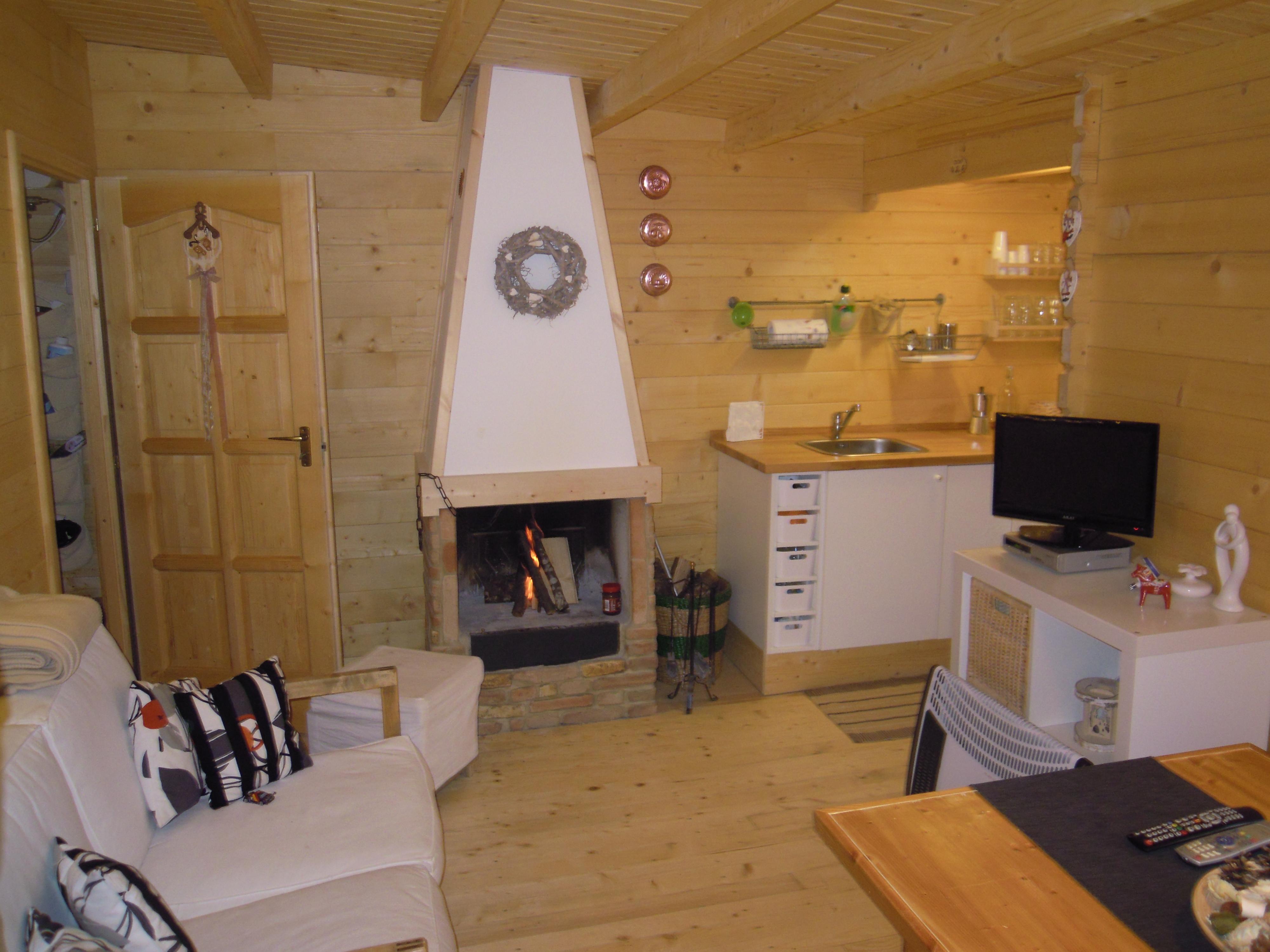 Case In Legno Interni : Casette da campeggio case in legno u casette in legno per campeggi