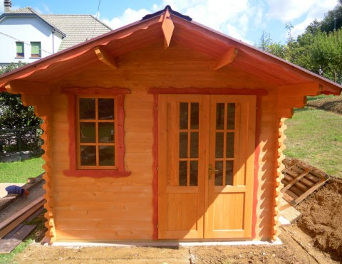 Casa in legno di abete 3x4 mt.