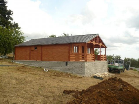Casa in legno di abete 7x7 mt.